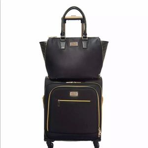 Sandy Lisa Malibu Carry On Milan Wing Tote Luggage